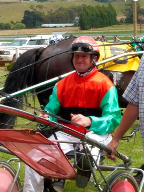 Driver Gerard O'Reilly and trainer Warren Bartlett discuss Austin Bromac's win at Oamaru...