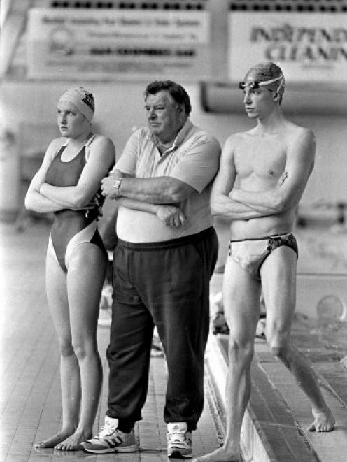 Duncan Laing with star pupils Anna Wilson and Danyon Loader at Moana Pool in 1994. Photo: ODT files.