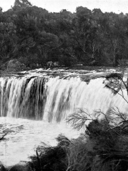 Waitangi Falls, Bay of Islands, North Auckland. Otago Witness, 1.1.1913.