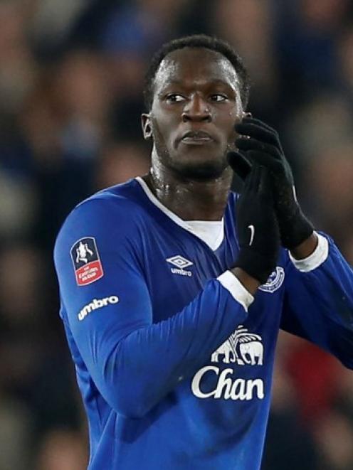 Everton's Romelu Lukaku applauds his team's fans. Photo Reuters
