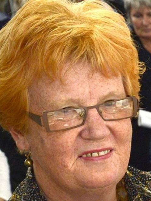 Gillian Bremner.