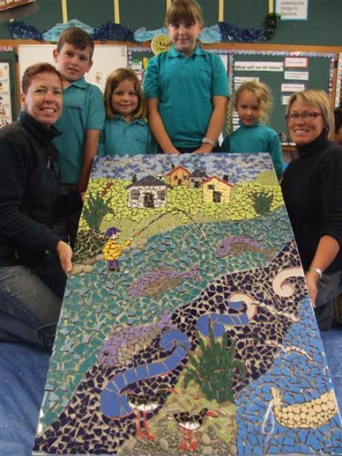 Glenavy School pupils Ben Tiffen (8), Lucy Hellewell (7), Brittany Caldwell (11) and Ella...