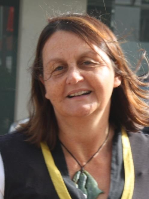 Gloria Davis.
