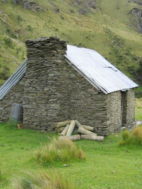 Green Gate Hut on Coronet Peak Station dates to the late 1800s. Photo by Heritage NZ.