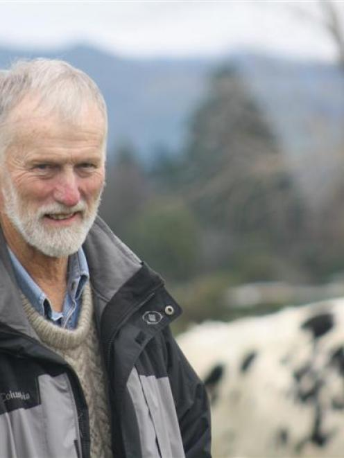 Holstein Friesian New Zealand distinguished service award recipient James Robertson, of Outram....