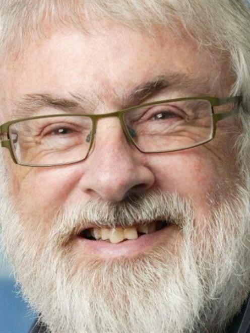 Ian Powell.