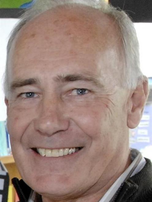 Keith Ellwood.
