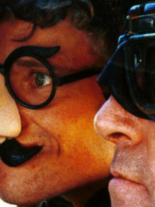 Kelly Johnson (left) and Tony Barry in Geoff Murphy's 1981 film Goodbye Pork Pie.