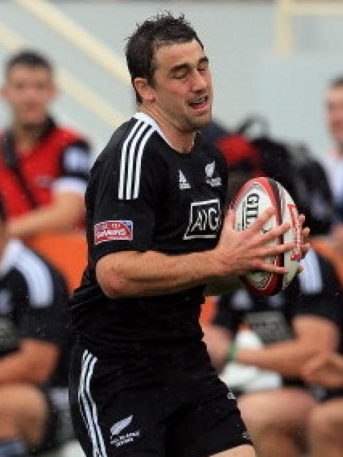 Kurt Baker scored a hat trick as New Zealand beat France in the final of the South Africa sevens...