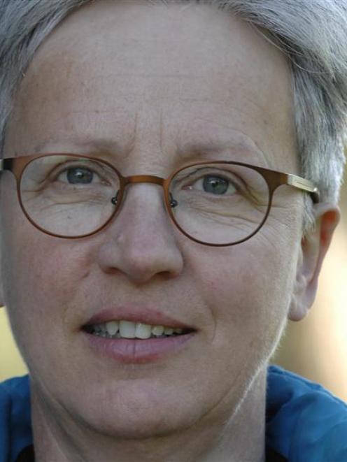 Liz Slooten.