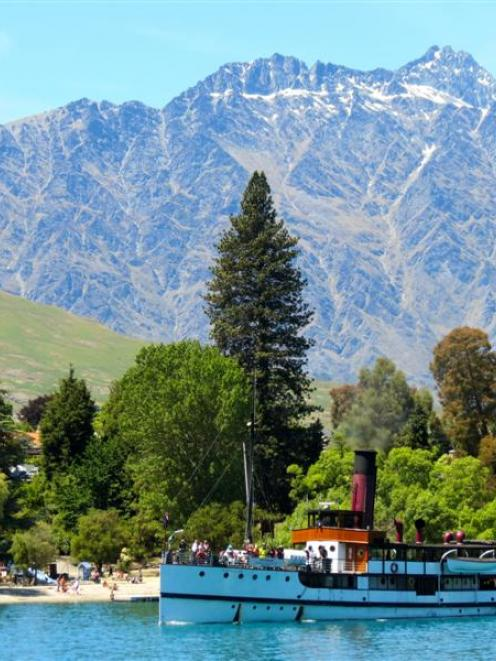 Lonely Planet promotes Queenstown as one of the top 10 gay wedding destinations. Photo by James...
