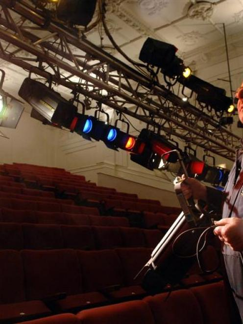 Mayfair Theatre manager Bruce Collier looks at the theatre's new front-of-house lighting truss....