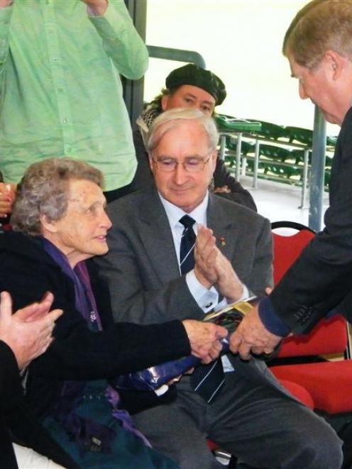 John McBride's grand-niece May Hanning, nee McBride, exchanges gifts with US Ambassador to New...