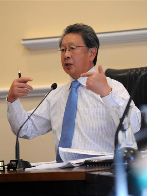 Mayor Peter Chin discusses the council's options at an annual plan meeting yesterday. Photo by...