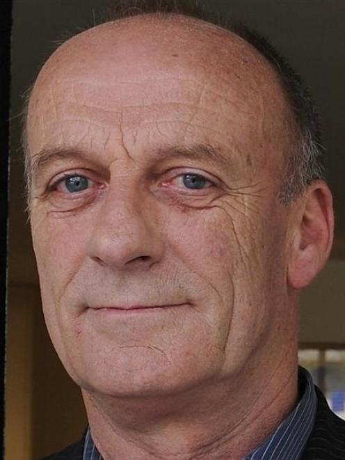 Mike Kernagham.