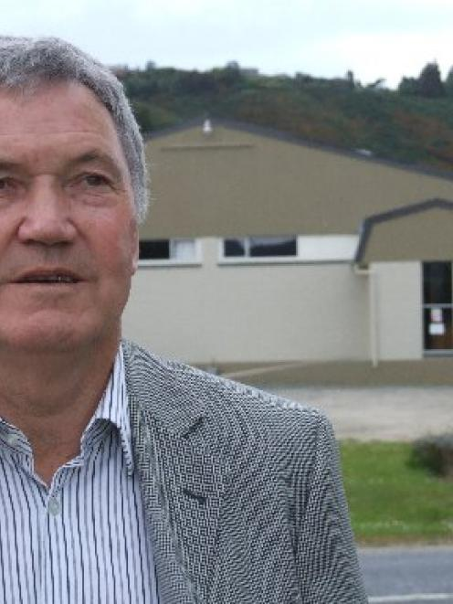 Mosgiel-Taieri ward city councillor Syd Brown has asked former Dunedin mayor Peter Chin to...