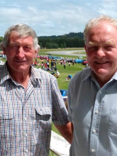 Neville Hazlett (left) and Steve Hardiman, the breeders of Pyramid Monarch, who won at Oamaru...