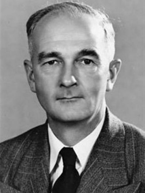 New Zealand's first ombudsman, Sir Guy Powles.