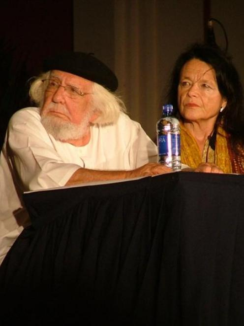 Nominee for the 2005 Nobel Prize for literature Ernesto Cardenal (left) and US beat poet Gioconda...