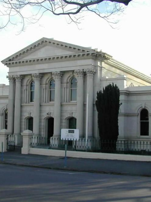Oamaru courthouse. Photos by ODT.