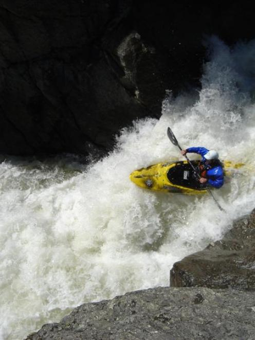 Pete Simpson kayaks the Nevis River in 2008.