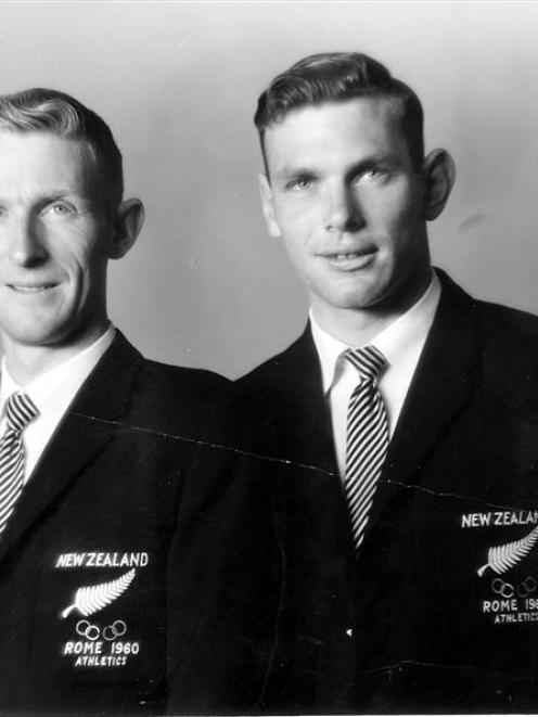 Peter Snell and Murray Halberg in their New Zealand team blazers.