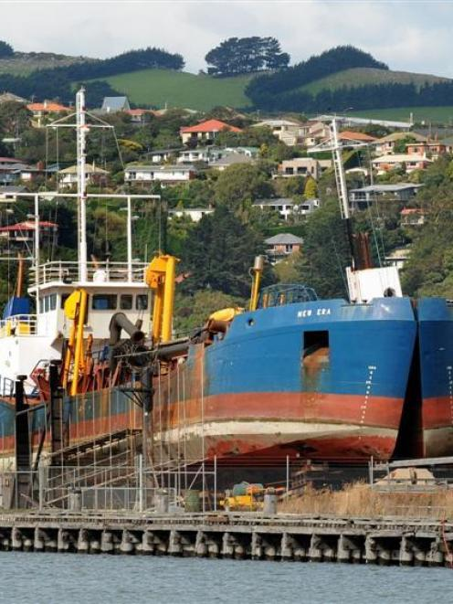 Plans by Port Otago to scale back how much silt will be removed during channel-deepening means...