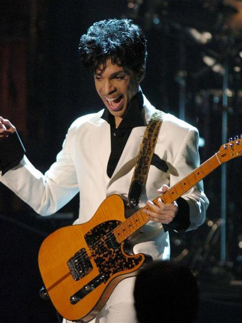 Prince performs in New York in this file photograph. Photo by Reuters.