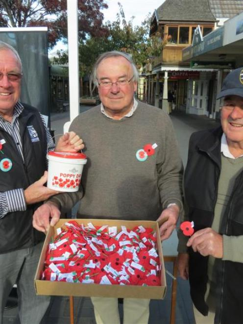 Queenstown RSA president David Geddes (left), Rotary Club of Queenstown member Simon Stamers...