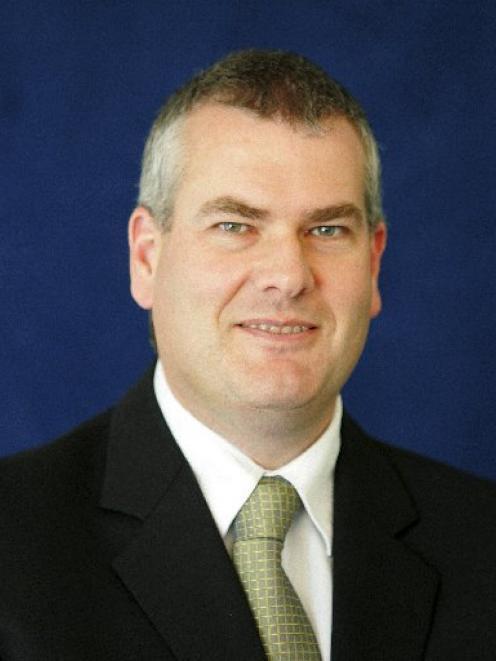 Robert Mackway-Jones