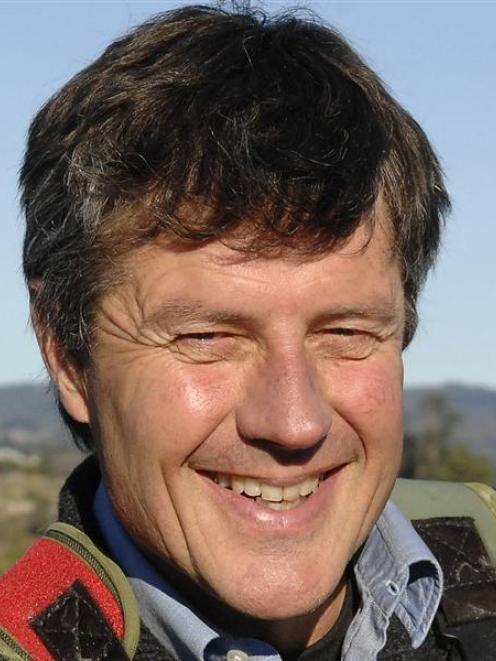 Roger Belton