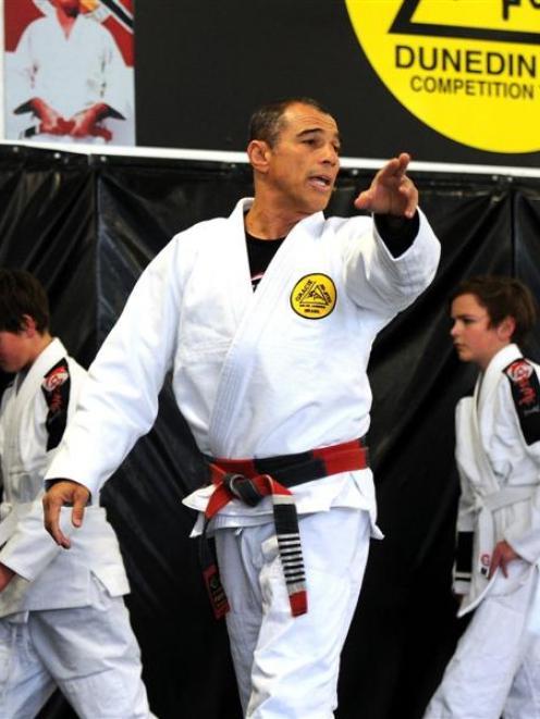 Mixed martial arts: Self-defence emphasis in jiujitsu master