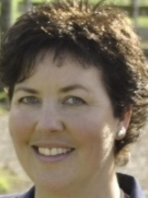 Sandra Faulkner