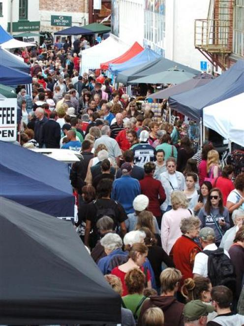 Shoppers throng last year's Thieves Alley market. Photo by Gerard O'Brien.