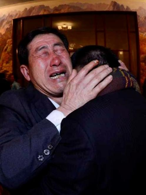South Korean Park Yang-gon (R), and his brother Park Yang-su, who was abducted by North Korea,...