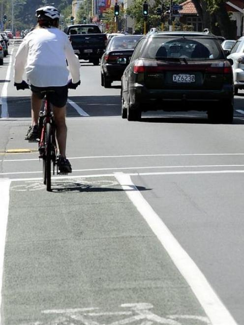 Submissions on cycling lane proposals are being called for by the NZTA and Dunedin City Council....