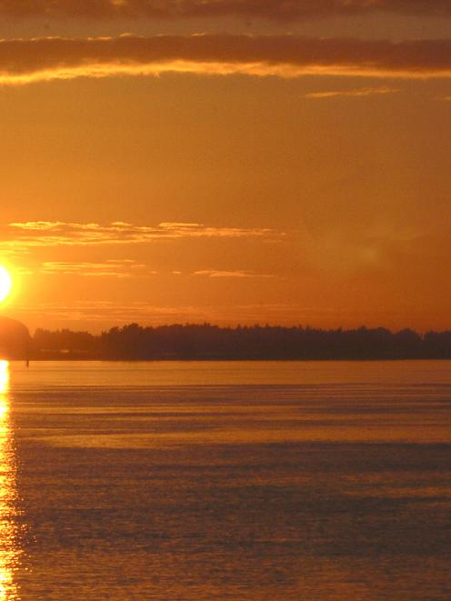 Sunrise over Aramoana. Photo by Stephen Jaquiery.