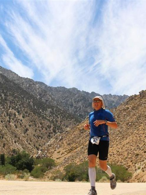 Sutton more than 24 hours into his run across the searing desert. Photo by Scott Wilson