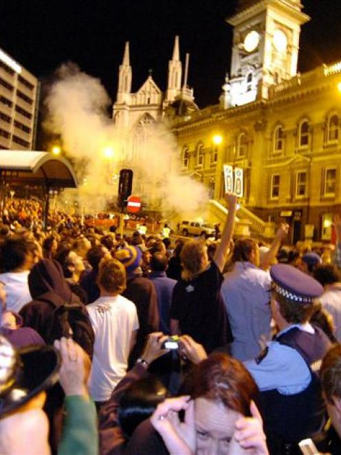 The Burns cannon marks a previous New Year's Eve in the Octagon. Photo by Craig Baxter.