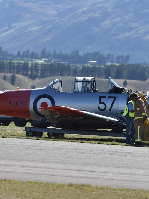The crashed Harvard aircraft at Wanaka Airport.  Photo Craig Baxter