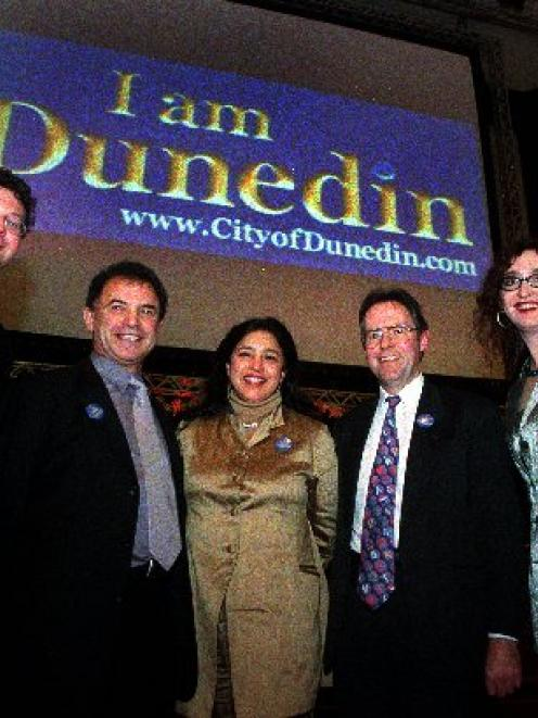 The I am Dunedin slogan is launched in this 2001 file photo. Photo by Jane Dawber