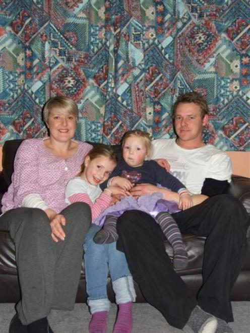 The Owen family, Jodie, Charli (7), Meg (3) and Terry. Photo by Helena de Reus.