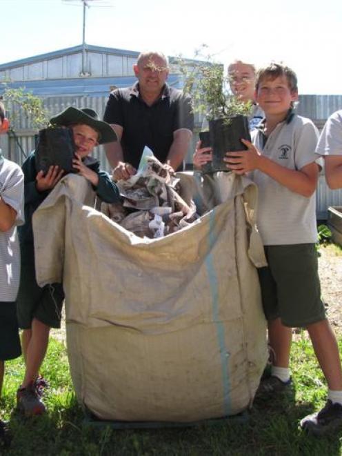 The Terrace pupils Jordan Bailey (9, left), Thomas Begg (8), Giordyn Moss (13), Mitchell Brown (9...