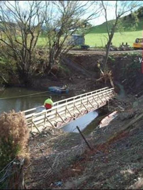 The Tuapeka Mouth pedestrian bridge. Photo supplied.