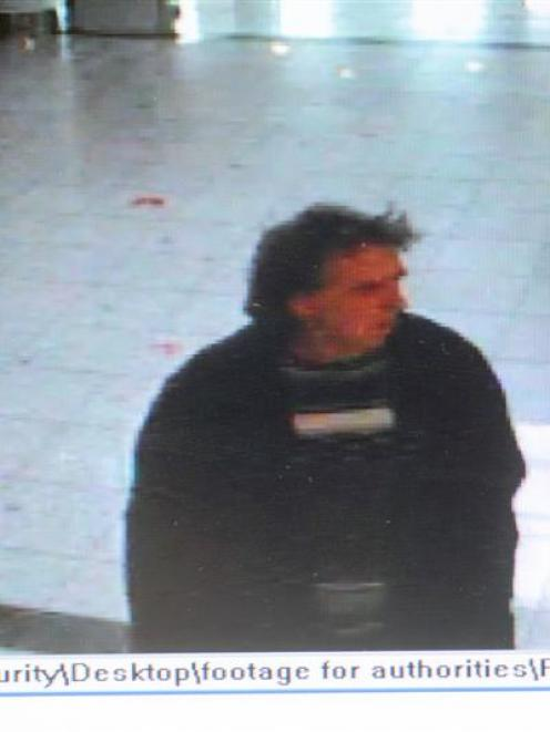 This is the man police want to talk to. Photo supplied.