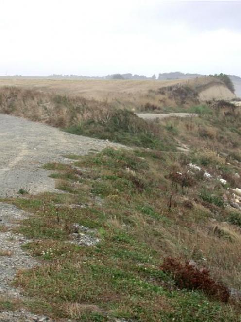 This portion of the coast road south of Oamaru along Beach Rd (to the right) has already been...