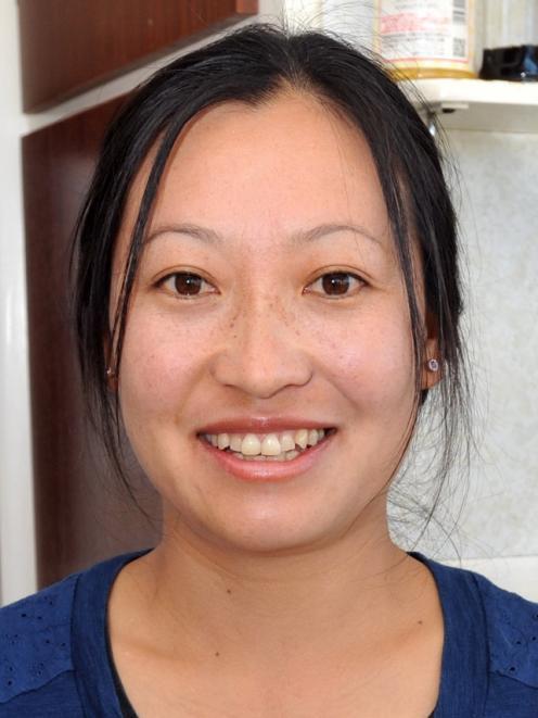 Xiaoyan Mu