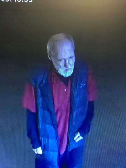 Gordon Mclean(63), also known as 'Gordy', has been missing since 3pm yesterday after leaving...