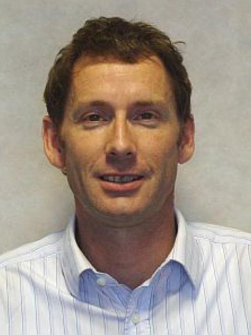 Stephen Knowles.