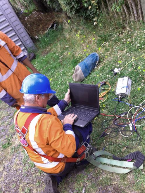 Evaluating the local network prior to the deployment of the Blueskin Energy Network.